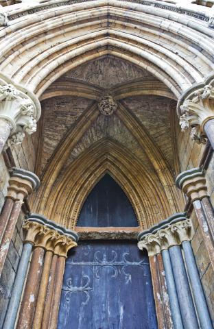Lincoln_Cathedral_3_small.jpg
